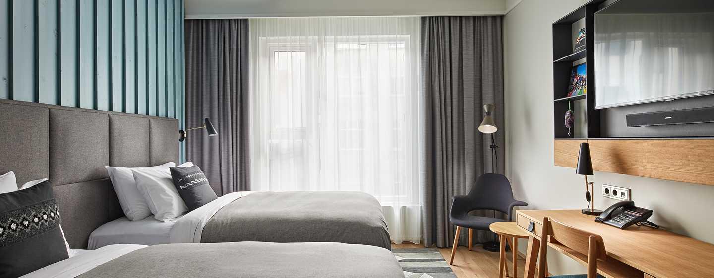 Hôtel Canopy by Hilton Reykjavik City Centre, Islande - Chambre pour personnes à mobilité réduite avec lits jumeaux
