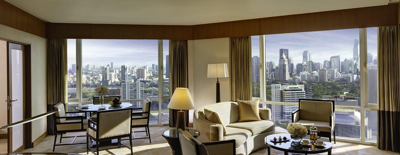 โรงแรม Conrad Bangkok - ห้องนั่งเล่นภายในห้องดีลักซ์สวีท