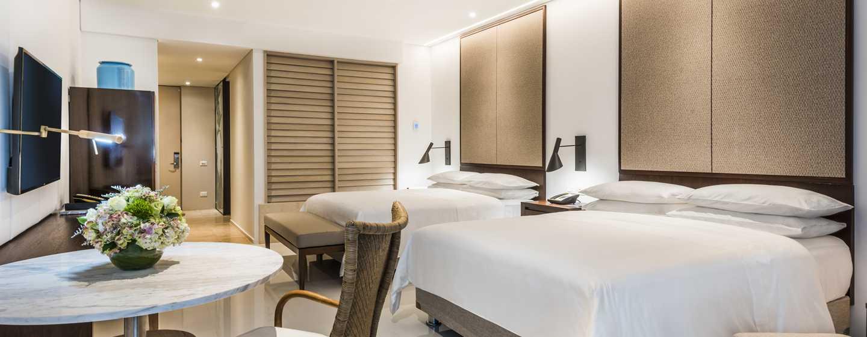 Hotel Conrad Cartagena, Colombia - Dormitorio de lujo con dos camas Queen