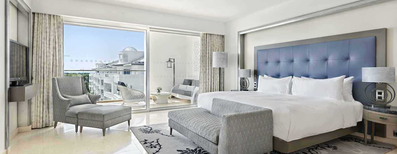 Conrad Algarve Hotel, Portugal– Grand Deluxe Suite mit King-Size-Bett