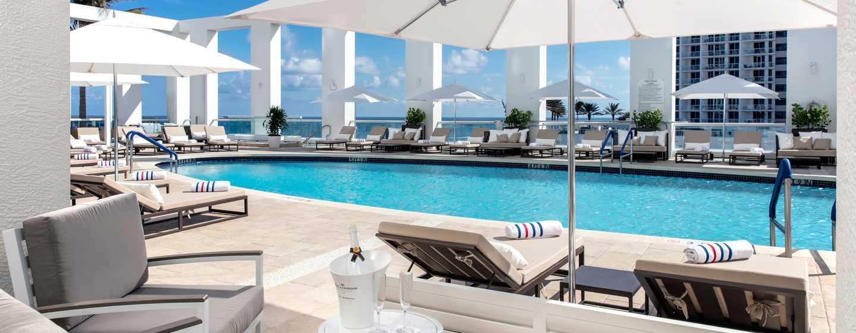 Conrad Fort Lauderdale Beach, EUA – vista para a piscina