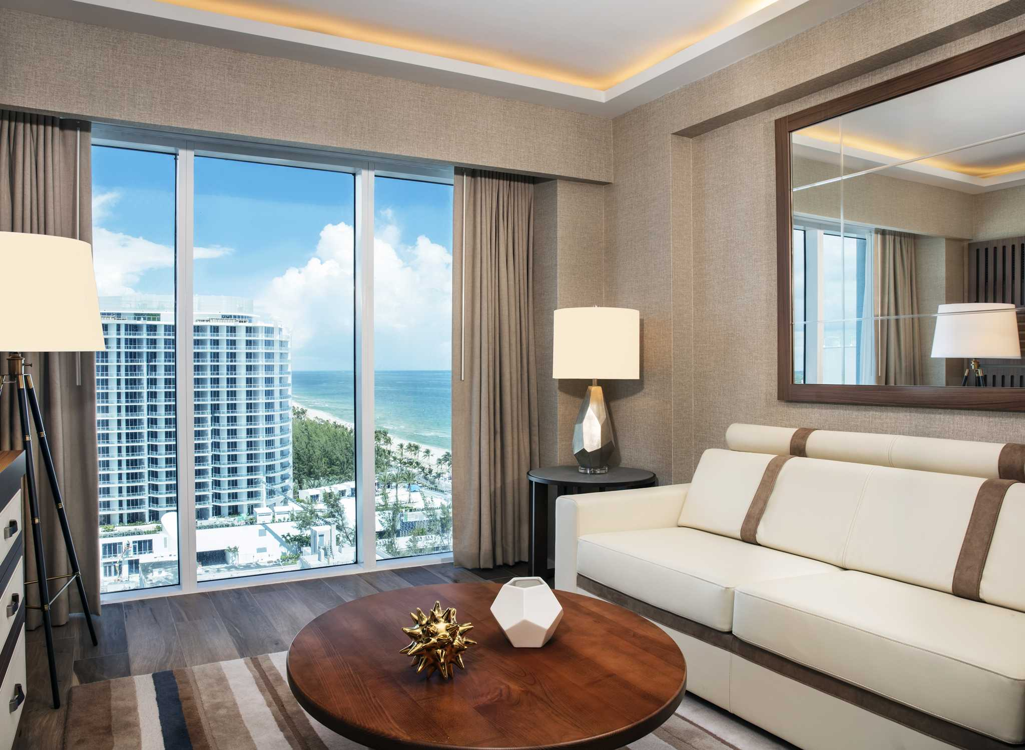 Conrad Fort Lauderdale Beach, USA U2013 Wohnzimmer Der Barrierefreien Suite