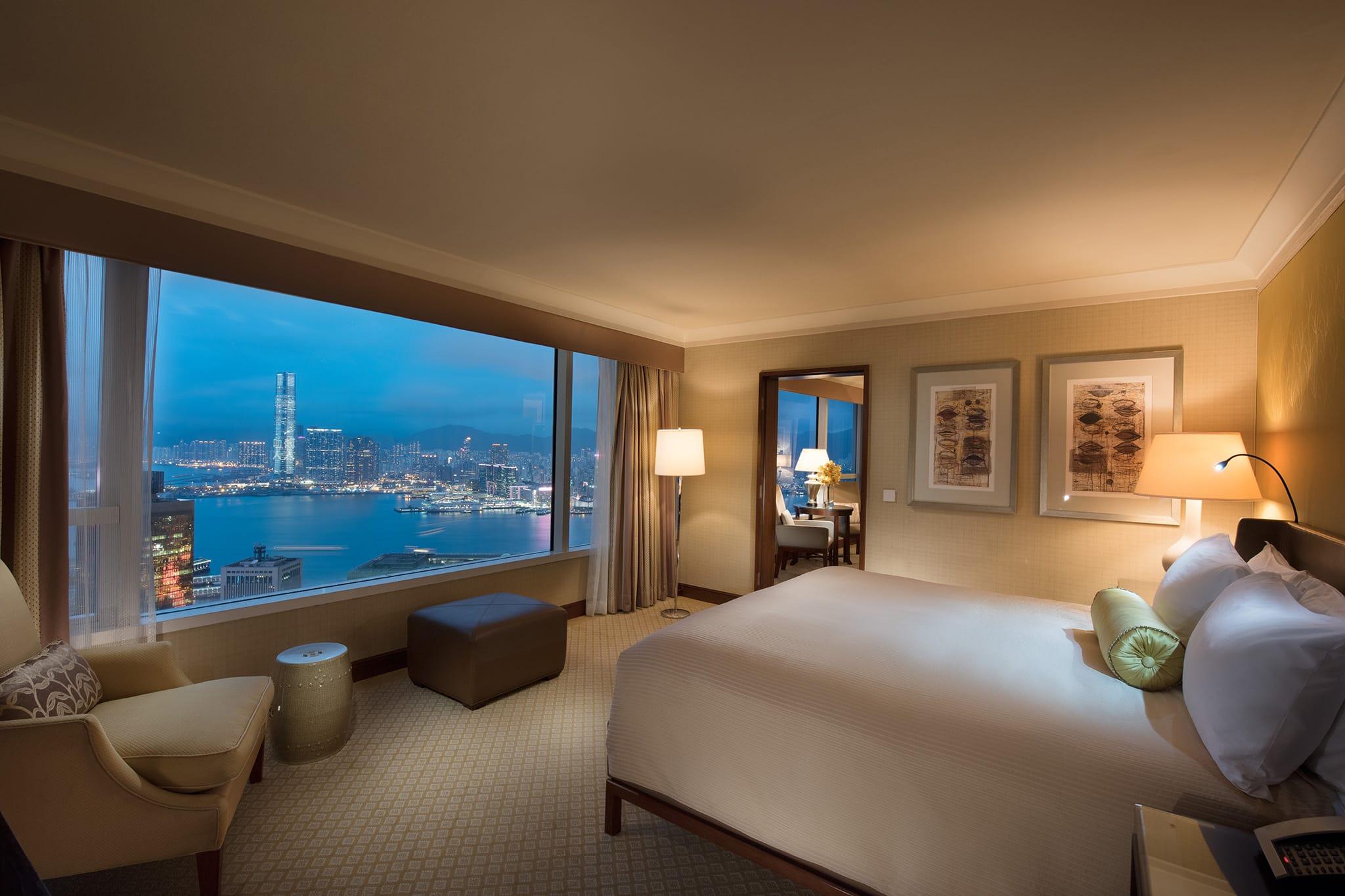 Conrad Hong Kong, China U2013 Suite Mit Blick Auf Den Hafen