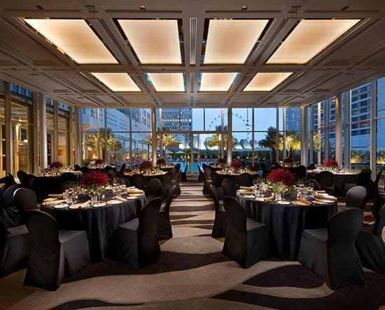 โรงแรม Conrad Centennial Singapore - The Pavilion