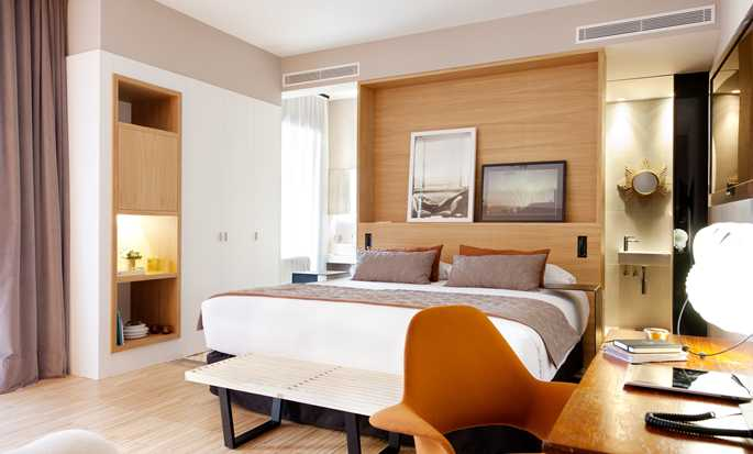 Hotel Alexandra Barcelona, Curio Collection by Hilton, España - Suite