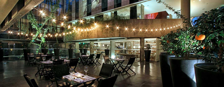 Hotel Anselmo Buenos Aires, Curio Collection by Hilton - Patio