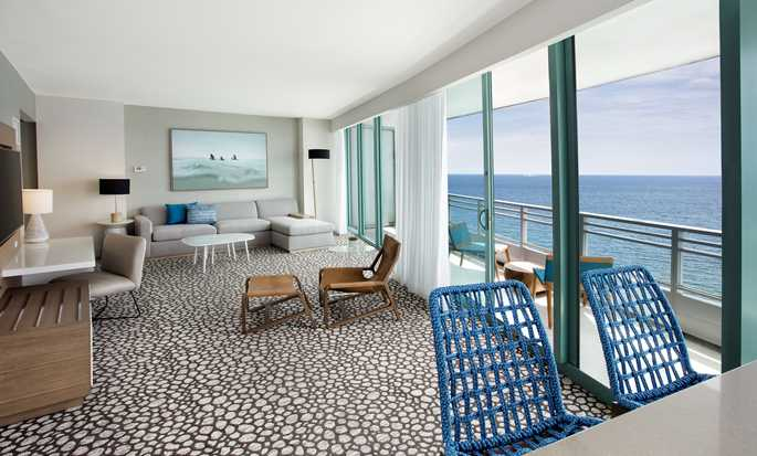 Hotel The Diplomat Beach Resort Hollywood, Curio Collection by Hilton, EE. UU. - Suite