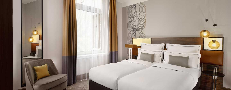 Reichshof Hamburg, Curio Collection by Hilton Hotel, Tyskland – Medium værelse med to senge
