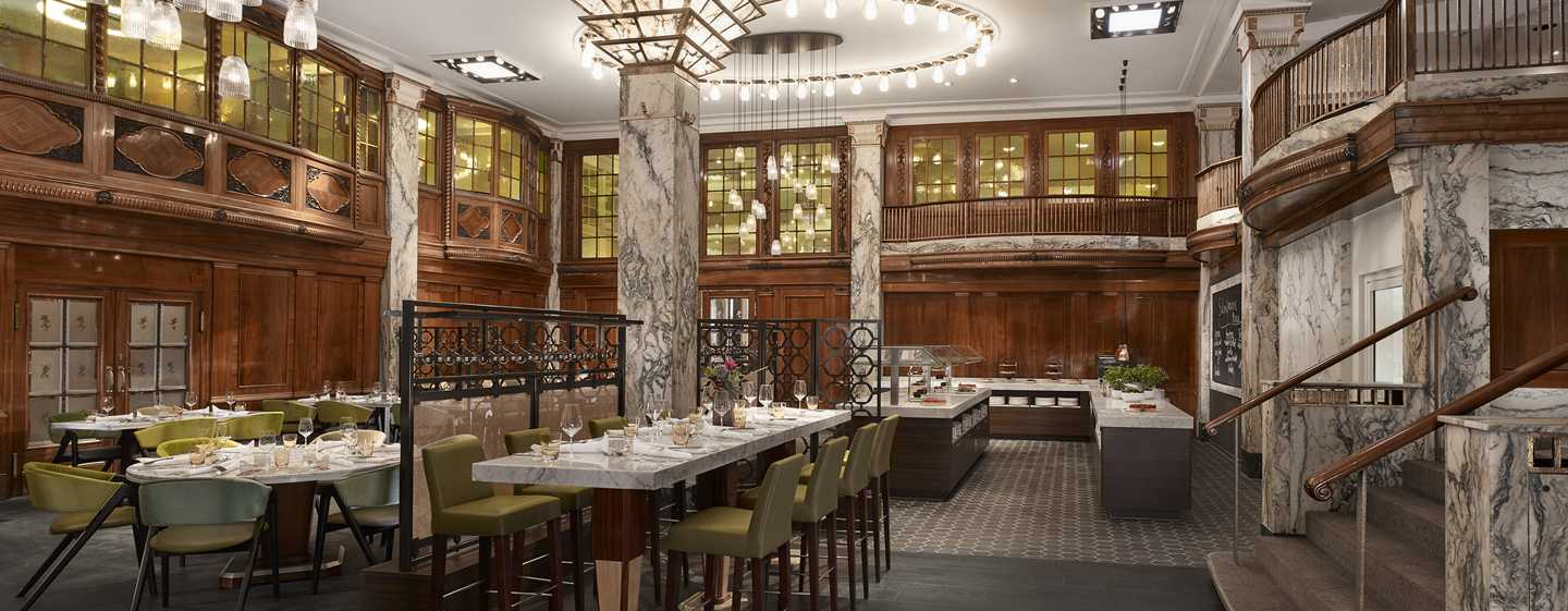 Reichshof Hamburg, Curio Collection by Hilton - Stadt Restaurant
