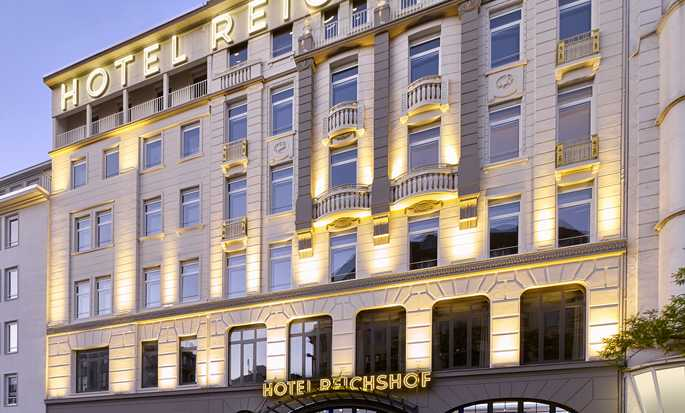Reichshof Hamburg, Curio Collection by Hilton, Germany – Set udefra