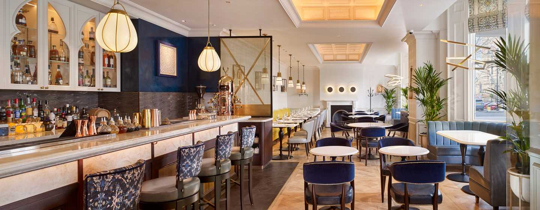 100 Queen's Gate Hotel London, Curio Collection by Hilton - Restaurant en bar