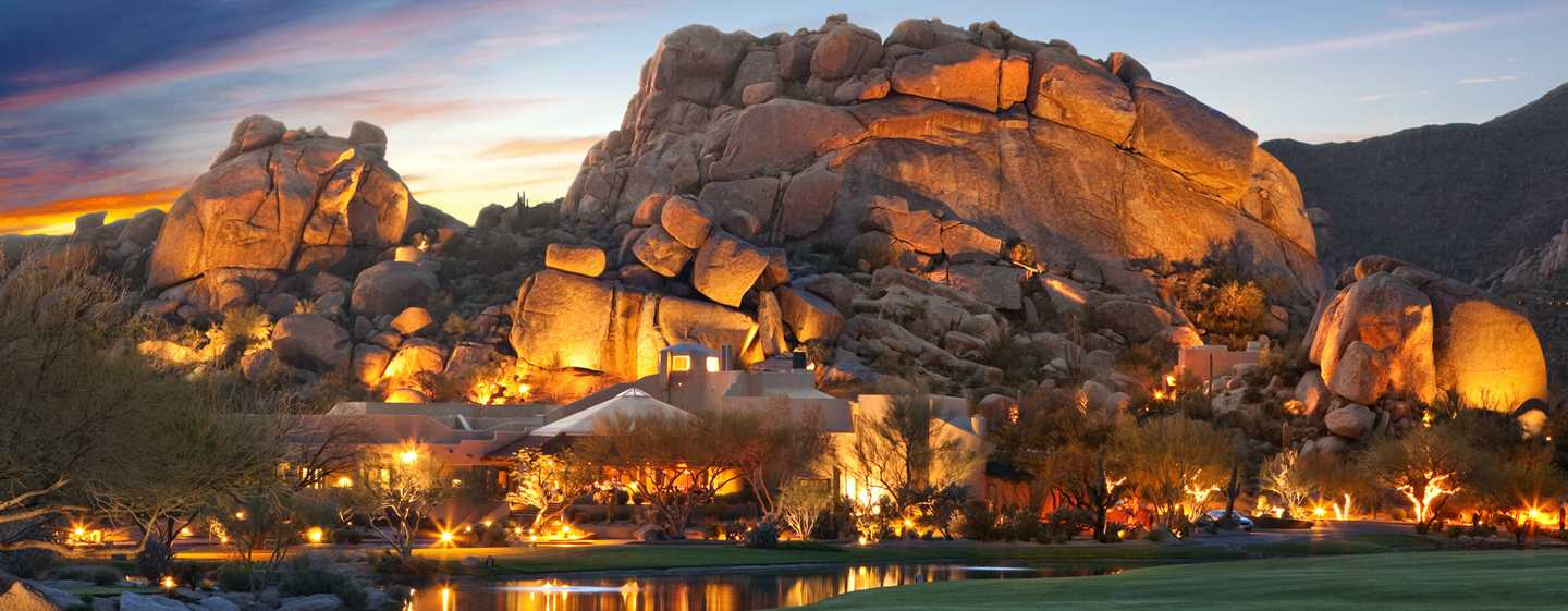 Boulders Resort & Spa, Curio Collection by Hilton Hotel, United States of America - Exterior do hotel