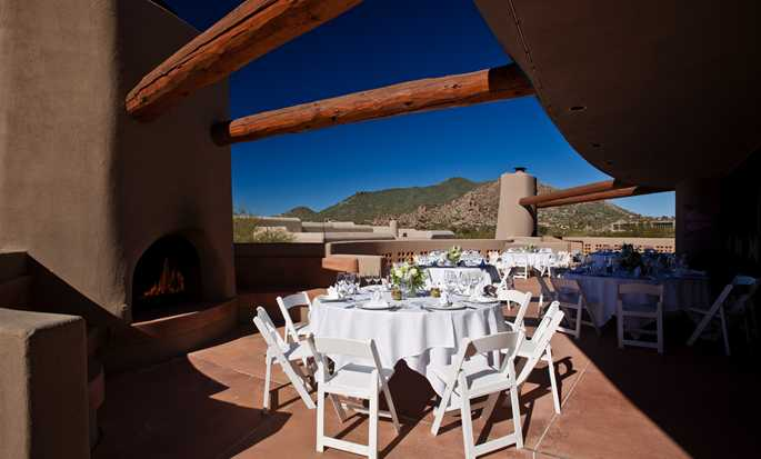 Hôtel Boulders Resort & Spa, Curio Collection by Hilton, États-Unis - Terrasse Tohono