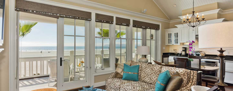 Beach Village at The Del, Curio Collection by Hilton Hotel, Kalifornien, USA– Cottage Suite mit Meerblick