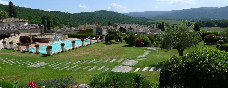 Hôtel La Bagnaia Golf & Spa Resort Siena, Curio Collection by Hilton, Italie - Vue extérieure de l'hôtel La Bagnaia Golf & Spa Resort Siena