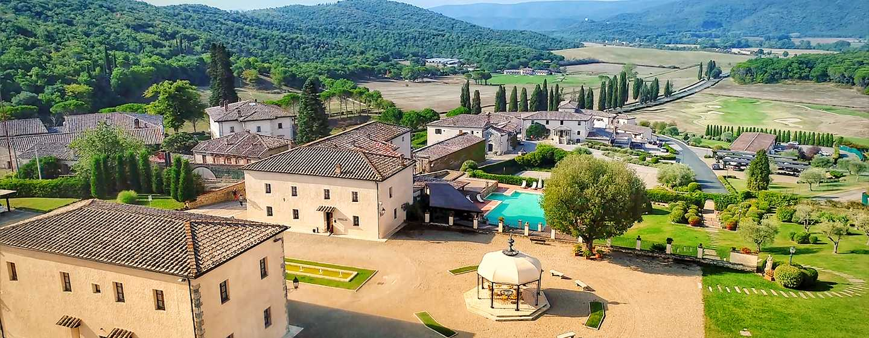 La Bagnaia Golf &Spa Resort Siena, Curio Collection by Hilton, Italien– Luftansicht