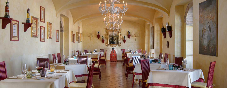 La Bagnaia Golf &Spa Resort Siena, Curio Collection by Hilton, Italien– Restaurant LaVoliera