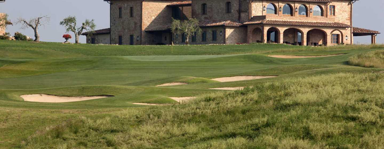 La Bagnaia Golf &Spa Resort Siena, Curio Collection by Hilton, Italien– Clubhaus des Golfclubs Royal Golf LaBagnaia