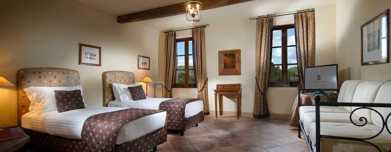 La Bagnaia Golf &Spa Resort Siena, Curio Collection by Hilton, Italien– Zweibettzimmer Filetta Superior