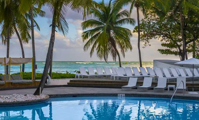 El San Juan Hotel, Curio Collection by Hilton, Puerto Rico - Piscina al aire libre