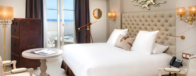 Grand Hotel des Sablettes Plage, Curio Collection by Hilton - Chambre