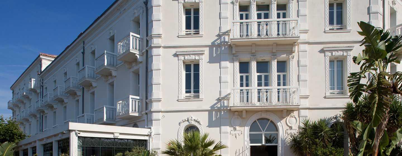 Grand Hotel des Sablettes Plage, Curio Collection by Hilton - Grand Hotel des Sablettes-Plage