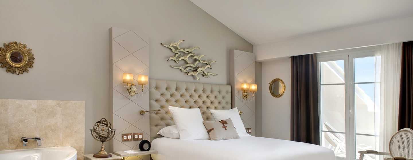 Grand Hotel des Sablettes Plage, Curio Collection by Hilton - Chambre sdb