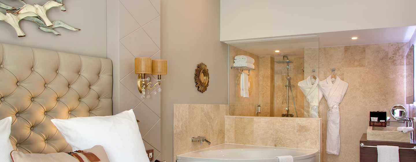 Grand Hotel des Sablettes Plage, Curio Collection by Hilton - Chambre