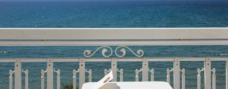 Grand Hotel des Sablettes Plage, Curio Collection by Hilton - Vue mer