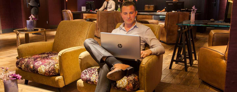 DoubleTree by Hilton Hotel Amsterdam - NDSM Wharf, NL - Businesscenter voor gasten
