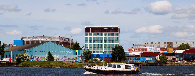 DoubleTree by Hilton Hotel Amsterdam - NDSM Wharf, NL - Rustige locatie aan de waterkant