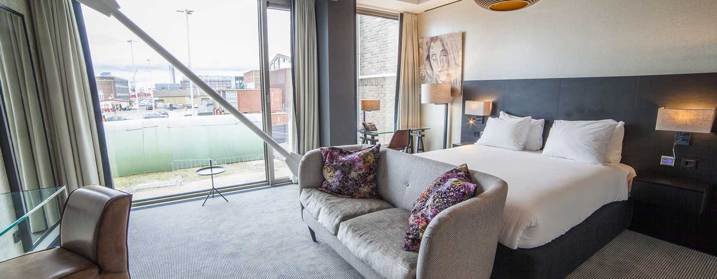 DoubleTree by Hilton Hotel Amsterdam - NDSM Wharf, NL - Queen Deluxe kamer