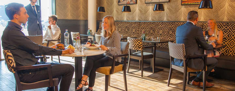 DoubleTree by Hilton Hotel Amsterdam - NDSM Wharf, NL - Restaurant Brooklyn