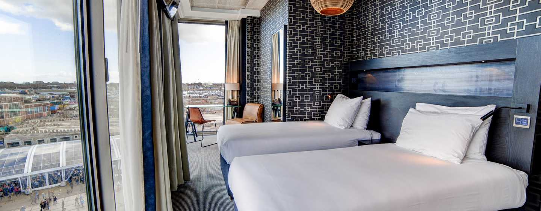 DoubleTree by Hilton Hotel Amsterdam - NDSM Wharf, NL - Twin kamer met uitzicht