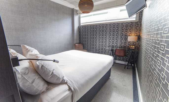 DoubleTree by Hilton Hotel Amsterdam - NDSM Wharf, NL - Double Guest Room