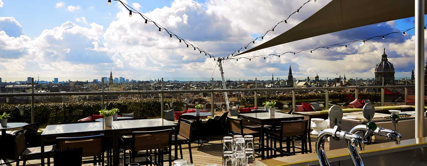DoubleTree by Hilton Hotel Amsterdam Centraal Station, Nederland -Terras Skylounge