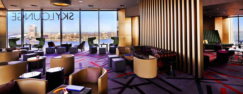 DoubleTree by Hilton Hotel Amsterdam Centraal Station, Nederland - SkyLounge overdag