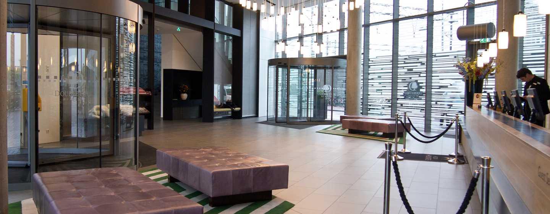 Kom binnen in ons centraal gelegen hotel aan het IJ en geniet van onze topfaciliteiten.