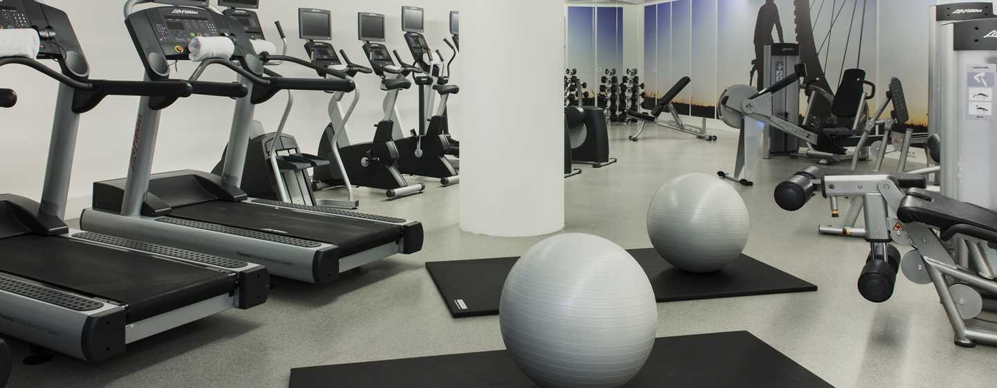 DoubleTree by Hilton Hotel Amsterdam Centraal Station - Fitnessruimte