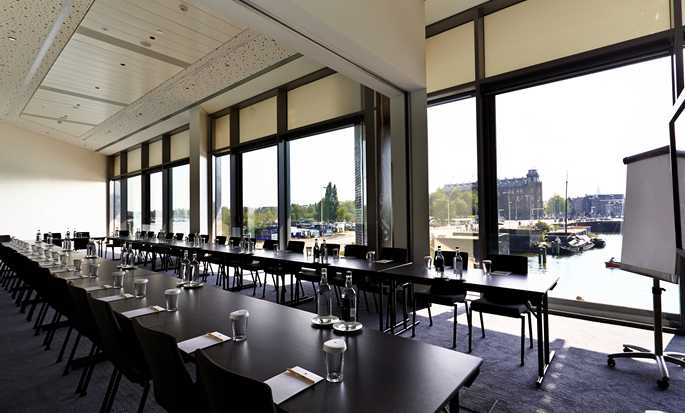 DoubleTree by Hilton Hotel Amsterdam Centraal Station - Glasgow Meetingraum