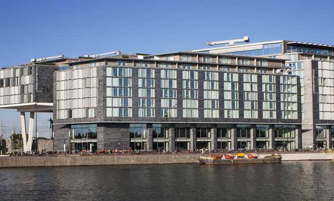 DoubleTree by Hilton Hotel Amsterdam Centraal Station - Buitenkant