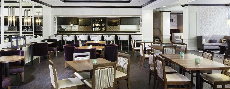 DoubleTree by Hilton Hotel Atlanta-Buckhead – Tower Place – Lobby Lounge Slighly South