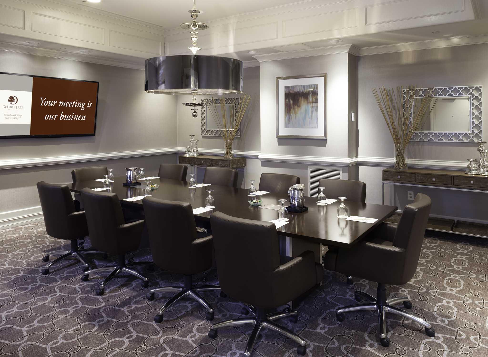 h tels buckhead pr s d 39 atlanta h tel doubletree buckhead. Black Bedroom Furniture Sets. Home Design Ideas