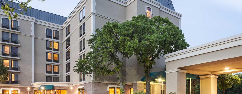 Hotel DoubleTree by Hilton Austin - University Area, Estados Unidos - Fachada del hotel