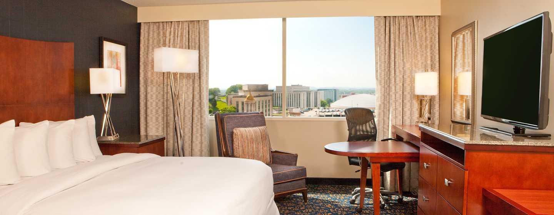 DoubleTree by Hilton Hotel Nashville Downtown, TN, USA – rom med king size-seng