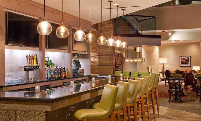 DoubleTree by Hilton Hotel Nashville Downtown, TN, USA – Bar