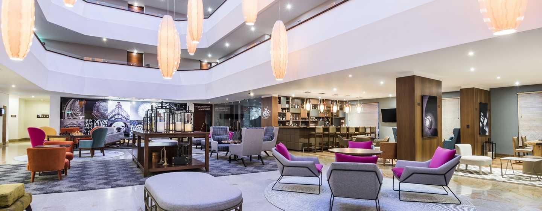 Hotel DoubleTree by Hilton Bogotá - Calle 100 - Lobby amplio y cómodo