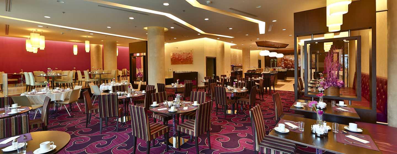 DoubleTree by Hilton Hotel Bratislava, Słowacja – Restauracja Opus