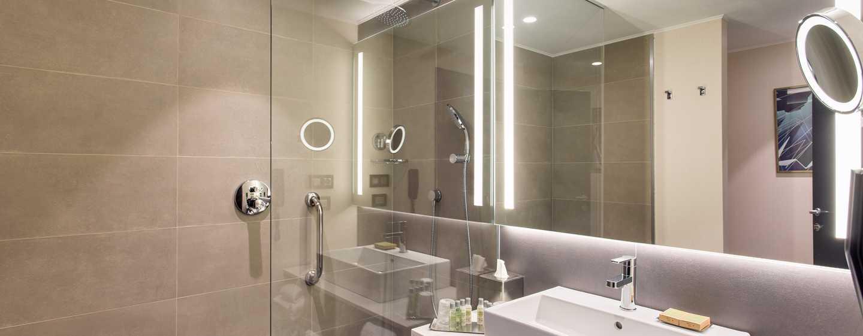 Hotelul DoubleTree by Hilton Cluj – City Plaza, Cluj, România – Baie King