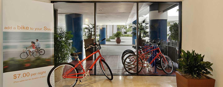 Bahia Mar Fort Lauderdale Beach – a DoubleTree by Hilton Hotel, EUA – Serviço de aluguel de bicicletas
